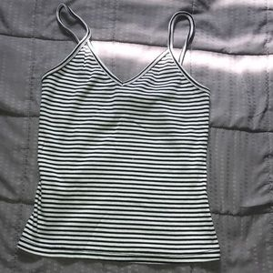 Wet seal Black and White striped tank!🖤🤍